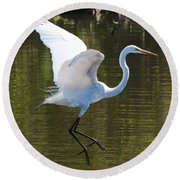 Graceful Great Egret Flying Round Beach Towel