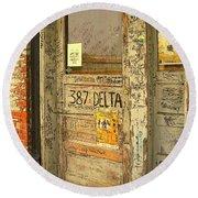 Graffiti Door - Ground Zero Blues Club Ms Delta Round Beach Towel