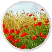 Grain And Poppy Field Round Beach Towel