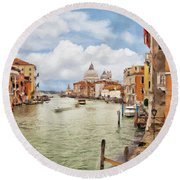 Grand Canal Apartment Round Beach Towel