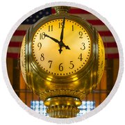 Grand Central Clock Round Beach Towel