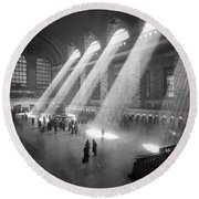 Grand Central Station Sunbeams Round Beach Towel