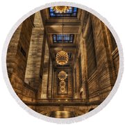 Grand Central Terminal Station Chandeliers Round Beach Towel