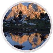 1m9376-grand Teton Reflect 2 Round Beach Towel