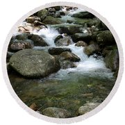 Granite Boulders In A River  Round Beach Towel