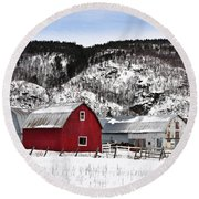 Great Canadian Red Barn In Winter Round Beach Towel