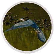 Great Heron Over Oyster Beds Round Beach Towel