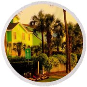 Green Beauty At Isle Of Palms Round Beach Towel