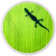 Green Gecko Leaf Round Beach Towel