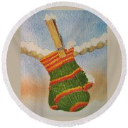 Green Mittens Round Beach Towel