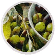 Green Olives Round Beach Towel