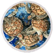 Green Sea Turtles Round Beach Towel