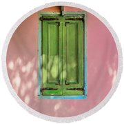 Green Shutters Pink Stucco Wall Round Beach Towel