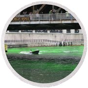 Greening The Chicago River Round Beach Towel