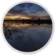 Greenlake Sunset With A Fallen Tree Round Beach Towel