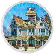 Grey Gables Mansion Round Beach Towel