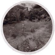 Gross Point Beach Grasses Bw Round Beach Towel