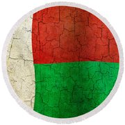 Grunge Madagascar Flag Round Beach Towel