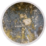Grungy Cement Wall Round Beach Towel