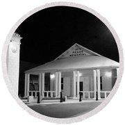 Gt Town Hall Round Beach Towel