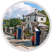 Guards At Queen's Gate In Ottawa-on Round Beach Towel