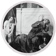 Guerin Sultan And Harem Round Beach Towel