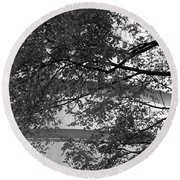 Guggenheim And Trees In Black And White Round Beach Towel