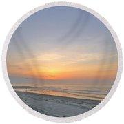 Gulls At Sunrise Round Beach Towel