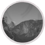 Half Dome In Distance Black And White Round Beach Towel
