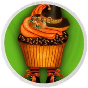 Halloween Cupcakes - Green Round Beach Towel