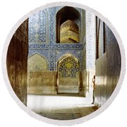 Hallway At Sheik-lotfollah Mosque Round Beach Towel