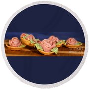 Ham Roses Tartletts Round Beach Towel