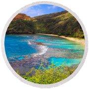 Hanauma Bay In Hawaii Round Beach Towel