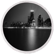Hancock Building Reflection From North Ave Beach - Black And White Round Beach Towel