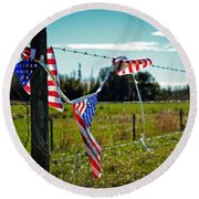 Hanging On - The American Spirit By William Patrick And Sharon Cummings Round Beach Towel