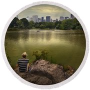 Hanging Out In Central Park Round Beach Towel