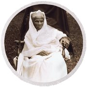 Harriet Tubman Portrait 1911  Round Beach Towel