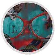 Hassel At Bay  Round Beach Towel