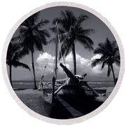 Hawaiian Sailing Canoe Maui Hawaii Round Beach Towel