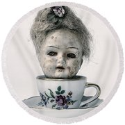 Head In Cup Round Beach Towel