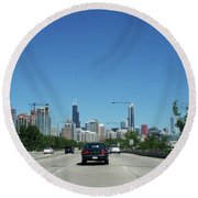 Heading North On Lake Shore Drive In Chicago Round Beach Towel