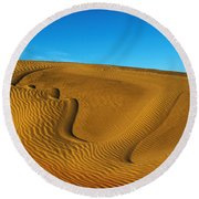 Heart In The Sand Dunes Round Beach Towel