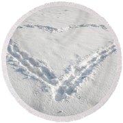 Heart Shape In Snow Round Beach Towel