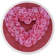Heart-shaped Floral Arrangement Round Beach Towel
