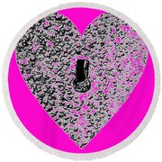 Heart Shaped Lock - Pink Round Beach Towel