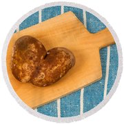 Hearty Potatoe Round Beach Towel