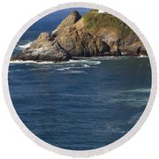 Heceta Head Lighthouse 2 D Round Beach Towel
