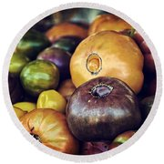 Heirloom Tomatoes At The Farmers Market Round Beach Towel by Scott Norris