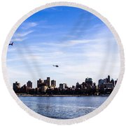 Helicopter Tour Of Nyc Round Beach Towel