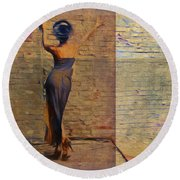 Her Back To The Wall Round Beach Towel
